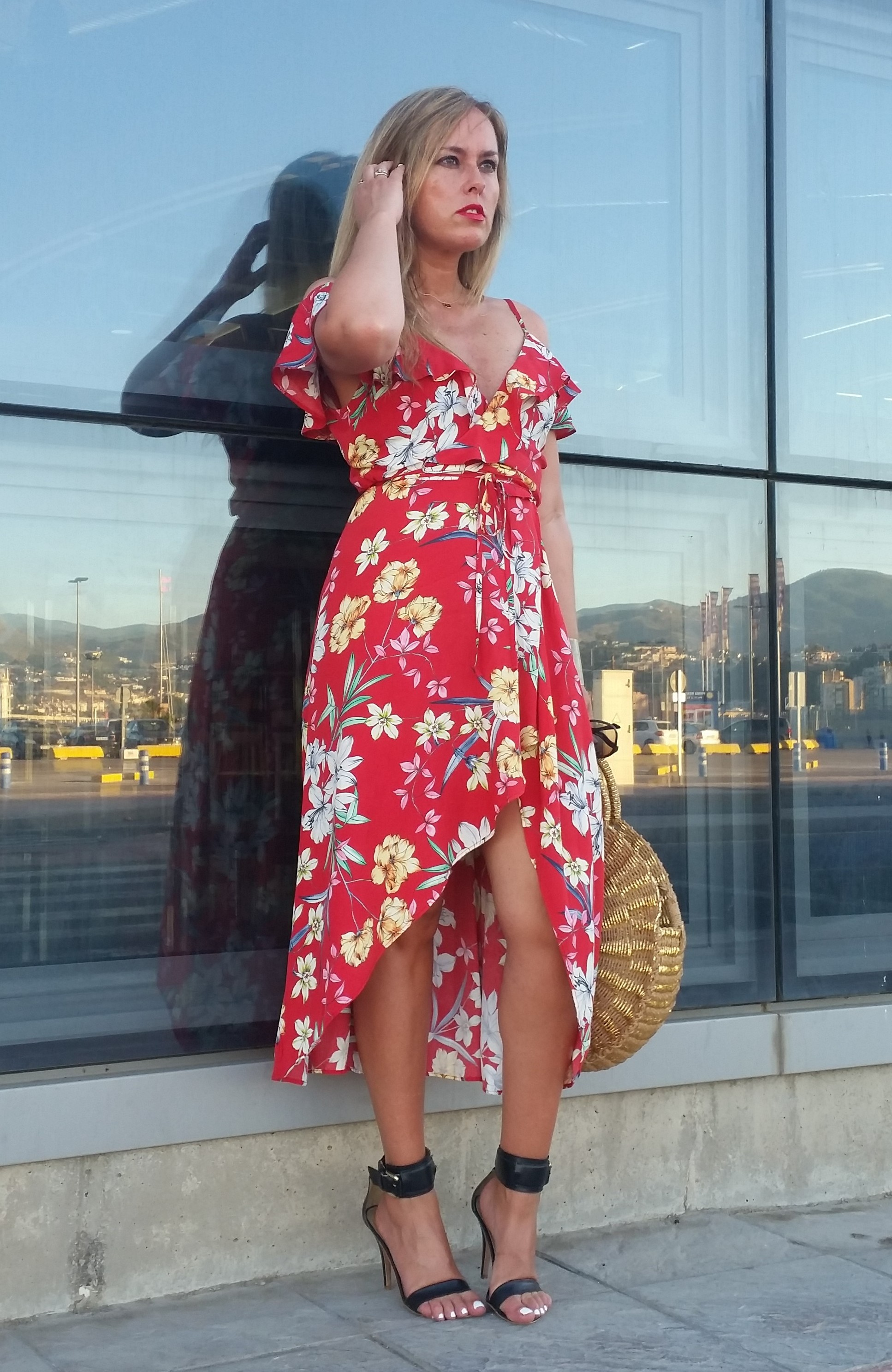 LADY IN RED WRAP DRESS – Anonymous blondie in fashion